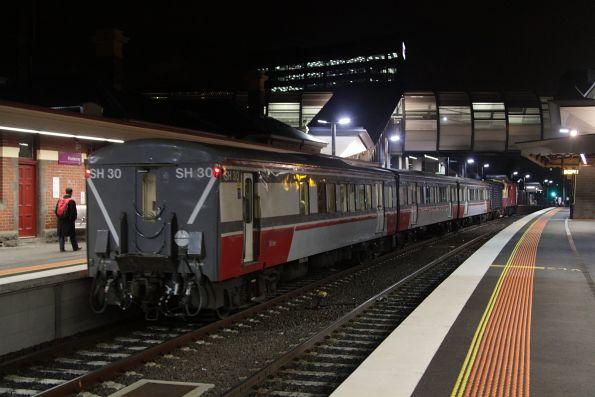 Tail end of the A class hauled Bacchus Marsh service at Footscray