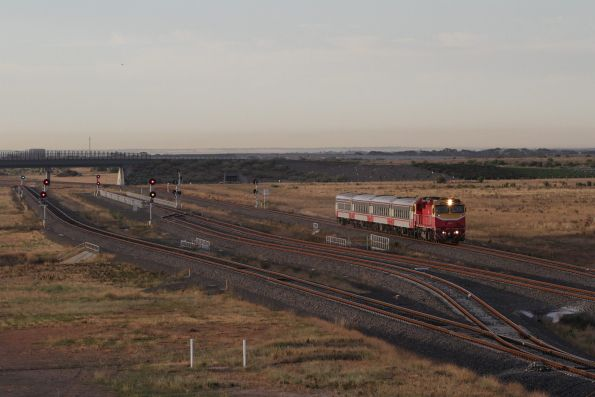 N457 leads an up Geelong service past the Wyndham Vale South turnback siding
