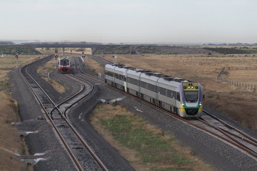 VLocity 3VL31 and classmate depart the turnback siding at Wyndham Vale South, as a Sprinter consist arrives