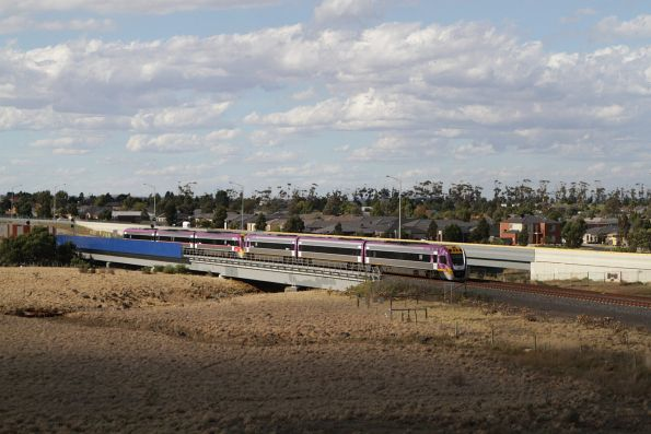 Pair of VLocity units head towards Melbourne at Lollypop Creek, Wyndham Vale