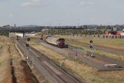 Empty push-pull consist departs the Wyndham Vale South turnback for Melbourne