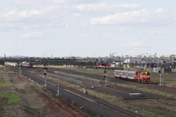 N453 leads a down Geelong service through Wyndham Vale South