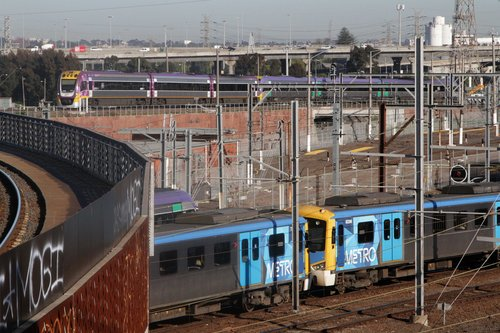 VLocity train finally on the move after delays at the North Melbourne flyover