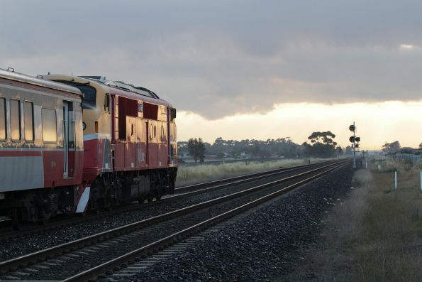 A66 leads the 6:08 up Bacchus Marsh service through Deer Park Junction