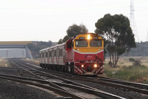N456 leads an up Bacchus Marsh service through Deer Park Junction
