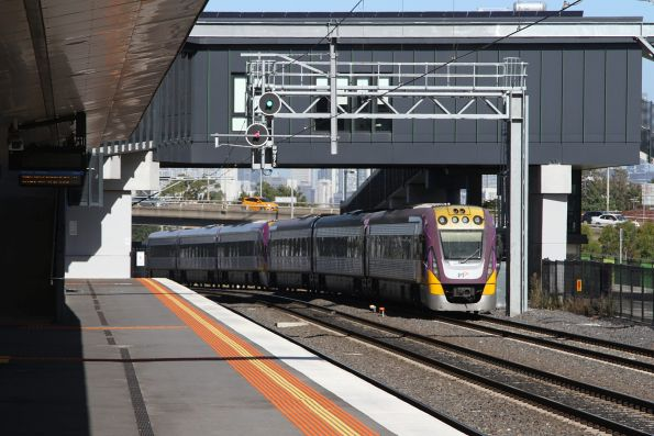 VLocity VL40 and classmate lead a down train through West Footscray