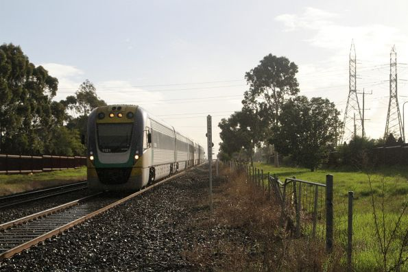 VLocity VL21 and classmate on the up at Ardeer