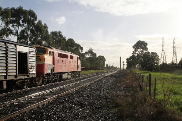 A66 on the down Bacchus Marsh service at Ardeer