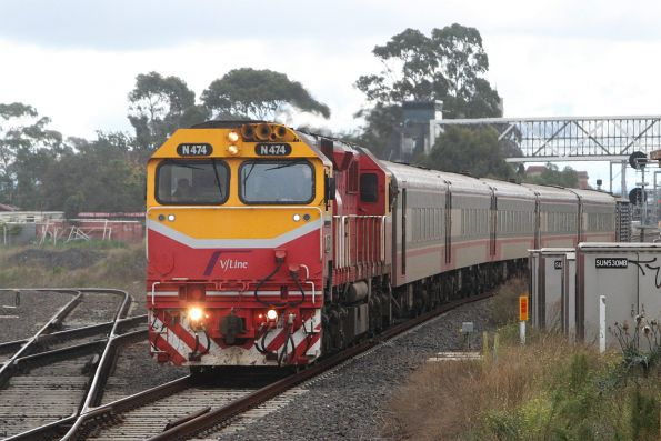 N474 leads the up Swan Hill service express through Sunshine