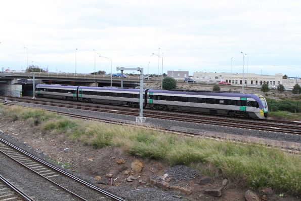 VLocity passes through West Footscray on the down