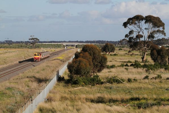 N461 leads an up Warrnambool service at Truganina