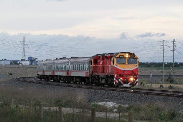 N452 leads a down Geelong service away from Deer Park Junction