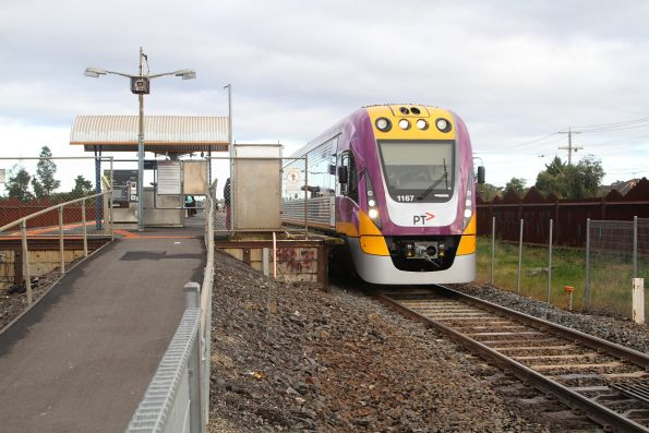 VLocity VL65 runs express through Ardeer station on the up