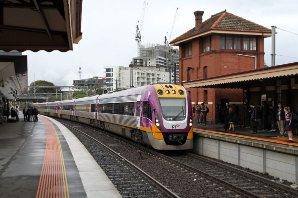 VLocity VL71 and classmate arrive into Footscray on the down