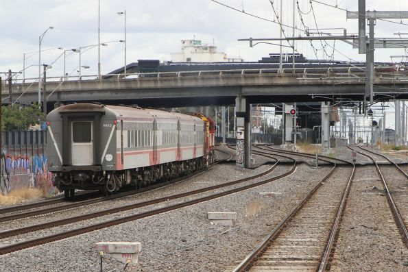 N467, PH power van and carriage set VN12 on a down Warrnambool service at Middle Footscray