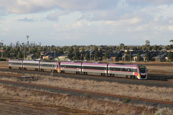 VLocity VL43 and VL05 on a down Geelong service at Wyndham Vale South