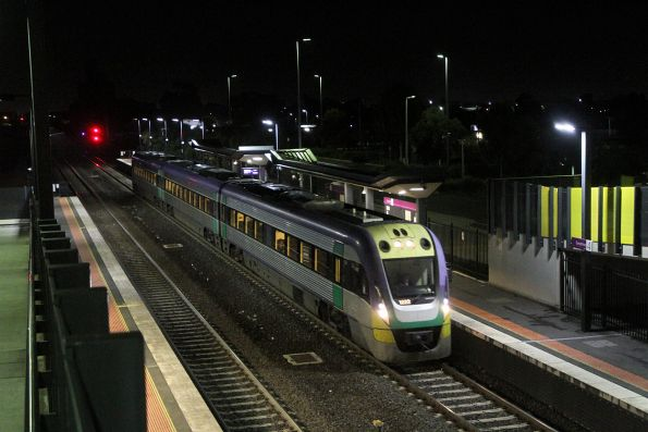 VLocity VL22 arrives into Sunshine on a down Waurn Ponds service