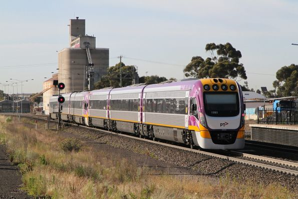 VLocity VL12 and VL83 on an up Waurn Ponds service at Sunshine