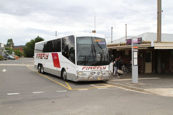 Firefly coach #11 5511AO arrives at Ararat station