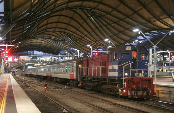 Y156 shunting set FN14 at Southern Cross