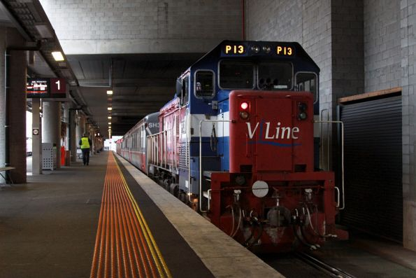 The Bacchus Marsh push-pull in platform 1, the trailing loco is P13