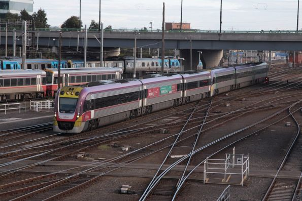 3VL45 and classmate arrive at Southern Cross
