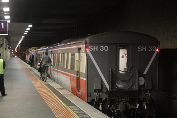 3-car set SH30 ready to depart platform 1 on a down Geelong service
