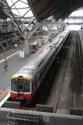 Sprinter 7001 and four classmates at Southern Cross platform 7