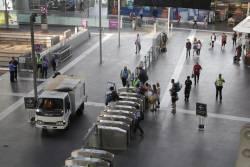 Toilet truck navigates the main concourse at Southern Cross Station