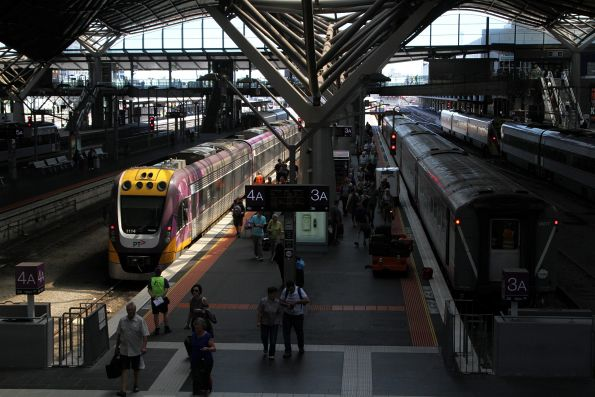 VLocity VL14 arrives at Southern Cross