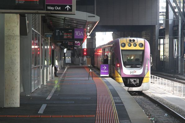 VLocity VL07 awaiting departure time from Southern Cross platform 16 on a down Traralgon service