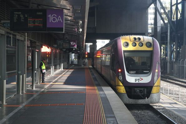 VLocity VL07 departs Southern Cross platform 16 on a down Traralgon service