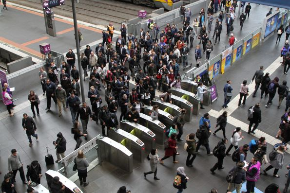 Big crowd waiting to exit the country platforms at Southern Cross Station