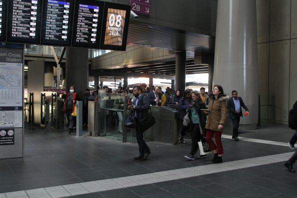 Overflow gate thrown open in morning peak at Southern Cross platform 1