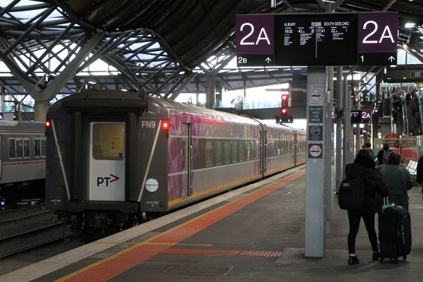 Carriage set FN9 at Southern Cross platform 2