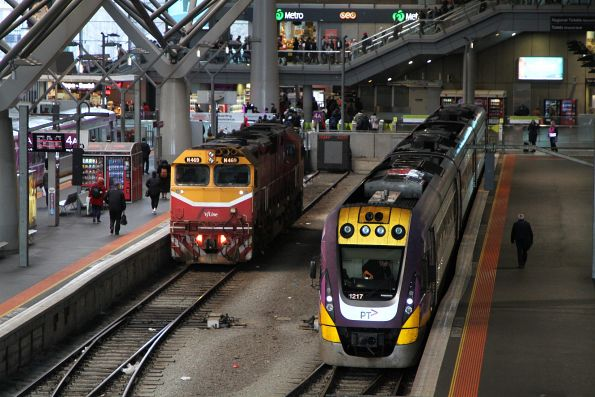 N469 and VLocity VL17 at Southern Cross