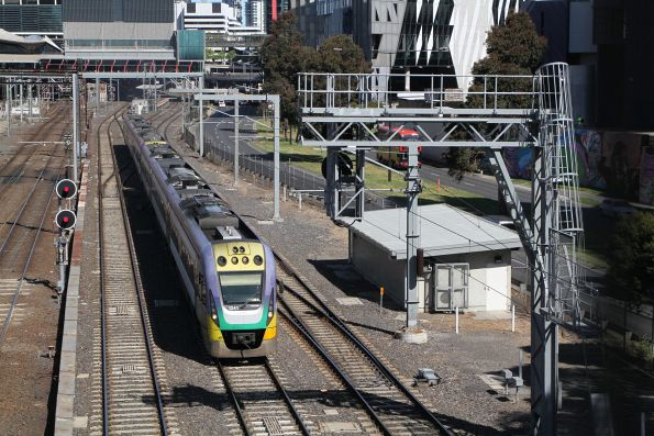 VLocity VL41 and classmate depart Southern Cross via the RRL tracks
