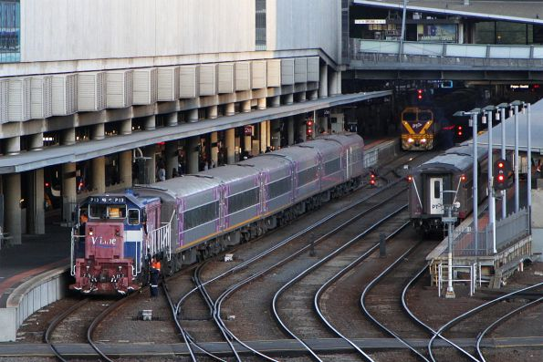P13 couples up to the carriage set at Southern Cross, having brought a second set over from South Dynon