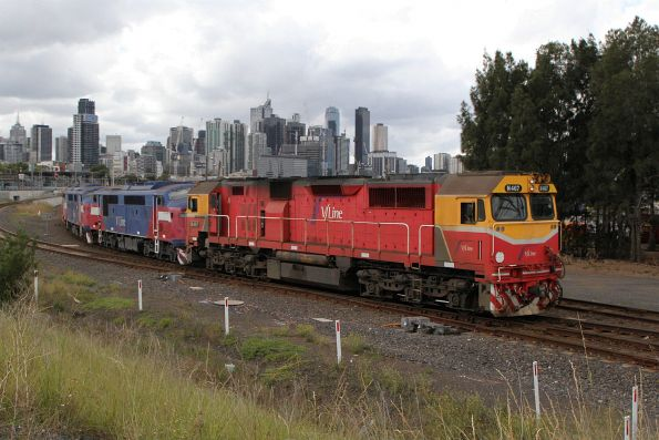 N467 and N461 transfer stored locomotives A60, A62 and A70 from their resting place at the Wagon Storage Yard to the South Dynon locomotive depot