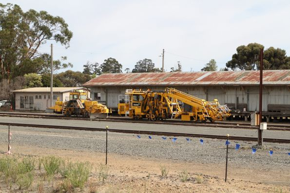 Downer ballast tamper and regulator stabled at Ararat