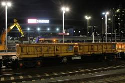 Push-pull spoil train with P18 and P17 at Southern Cross platform 3