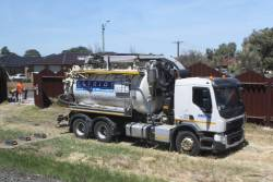 Vacuum excavator truck working trackside at Ardeer