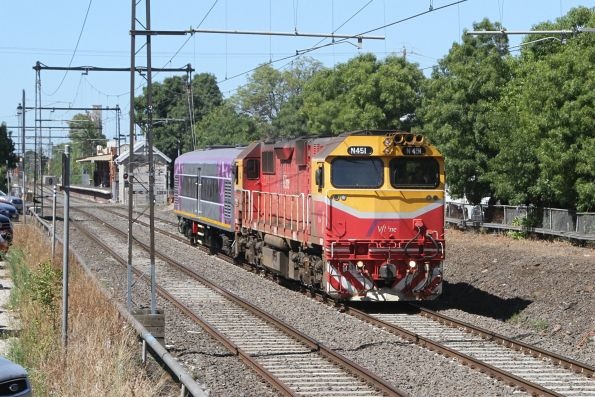 N451 transfers newly converted power van PZ260 through Spotswood, headed from Newport Workshops to South Dynon