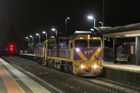 N473 leads Y163 through Sunshine light engine, headed to Geelong to swap over the resident V/Line shunter