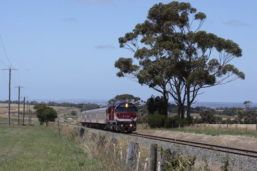 N458 leads a down train out of Grovedale
