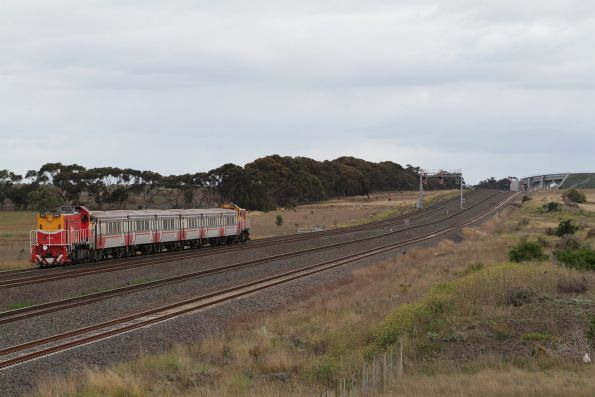 V/Line - Werribee line rail cleaning trains