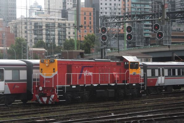 P15 heads light engine towards Southern Cross