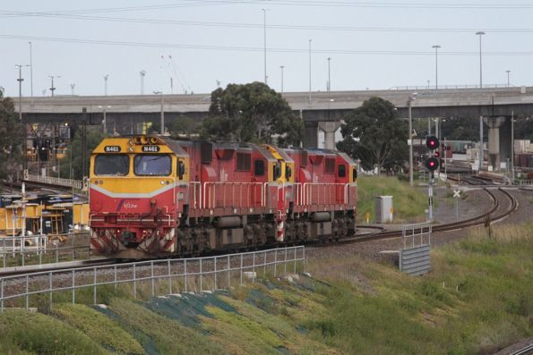N461 and N453 waiting at South Dynon for a path over the North Melbourne flyover