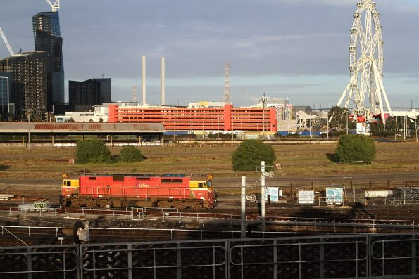 N453 heads light engine bound for Melbourne Yard