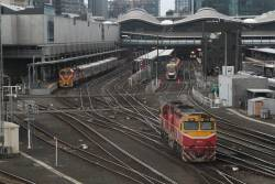 N451 heads light engine to the platforms at Southern Cross